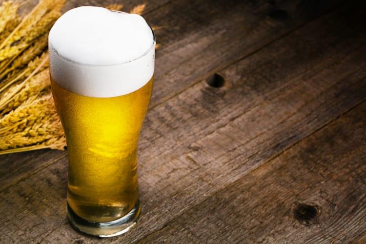 ビールで乾杯!」って英語でなんていう?ビール大国アメリカでお酒を ...